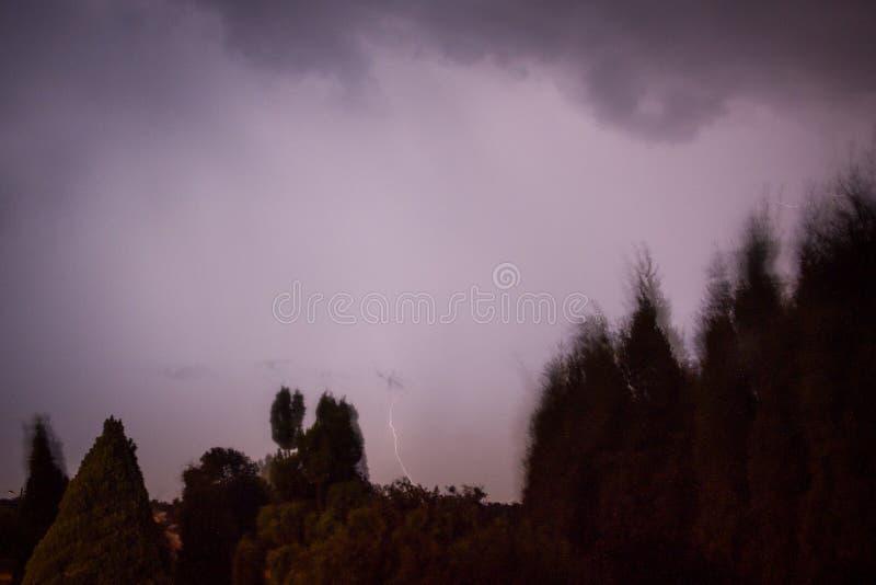Молнии на Люблине во время одного из штормов в 2017 стоковая фотография