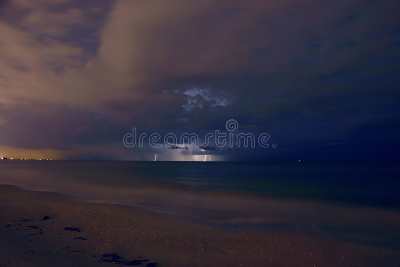 молния расстояния стоковое изображение rf