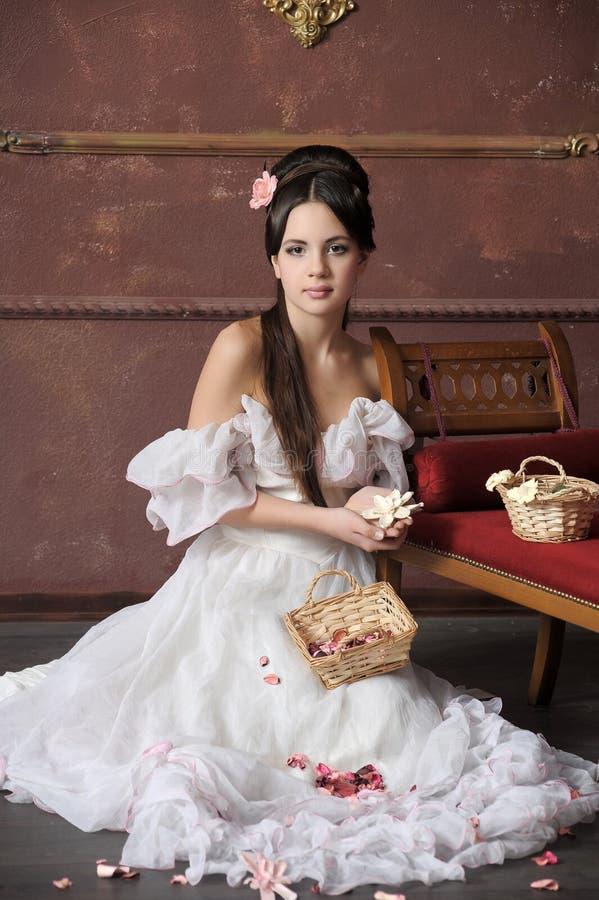 Молодая викторианская повелительница стоковые фотографии rf