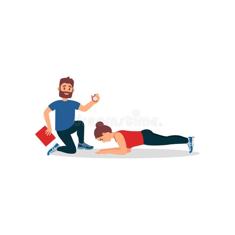 Молодая девушка спортсмена делая тренировку планки под управлением личного тренера Тренер держа секундомер и папку плоско бесплатная иллюстрация
