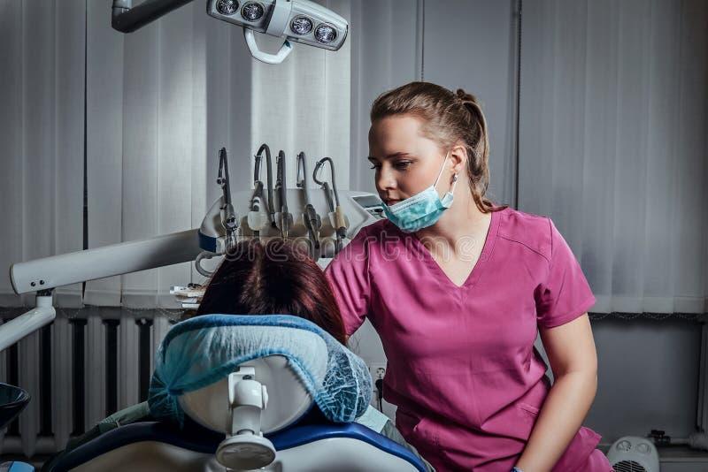 она безусловно фото в кресле у стоматолога нравится нравиться являются