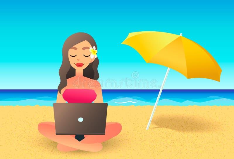 Молодая женщина используя портативный компьютер на пляже Работать концепция работы Девушка шаржа плоская работая около океана иллюстрация штока