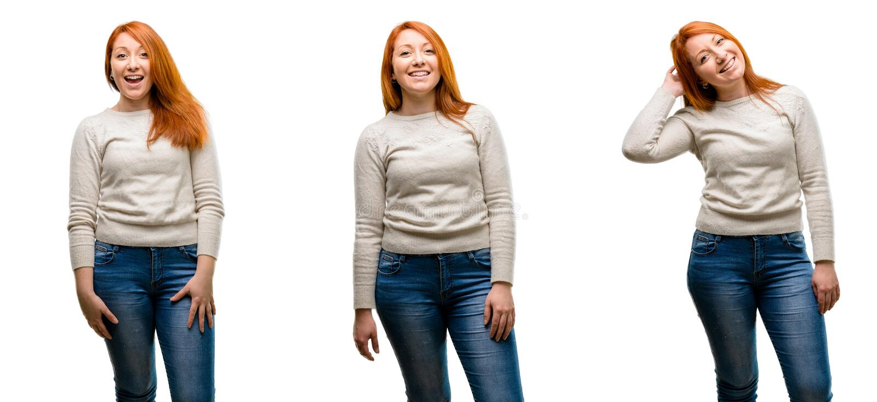 Молодая красивая женщина redhead над голубой предпосылкой стоковое изображение rf