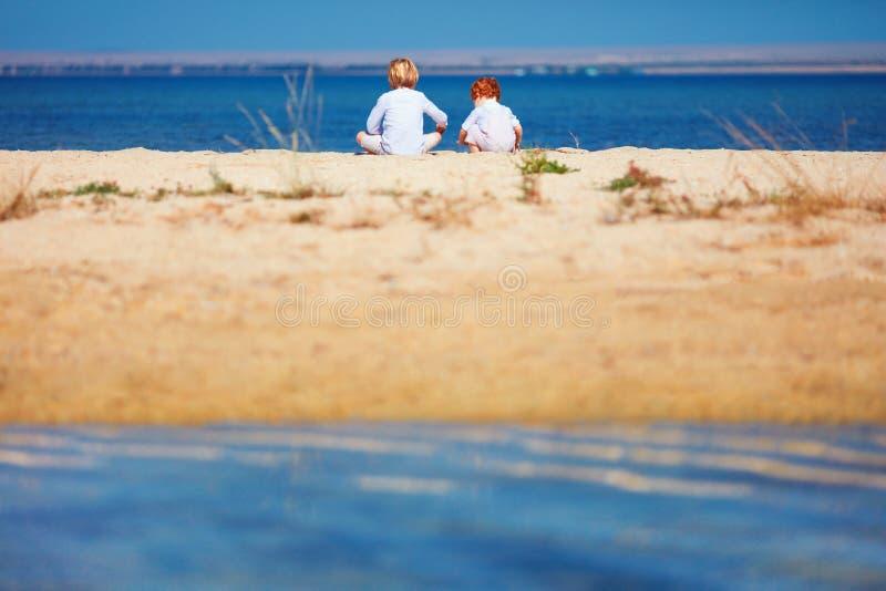 Красивые голые парни на пляже Частное фото 90