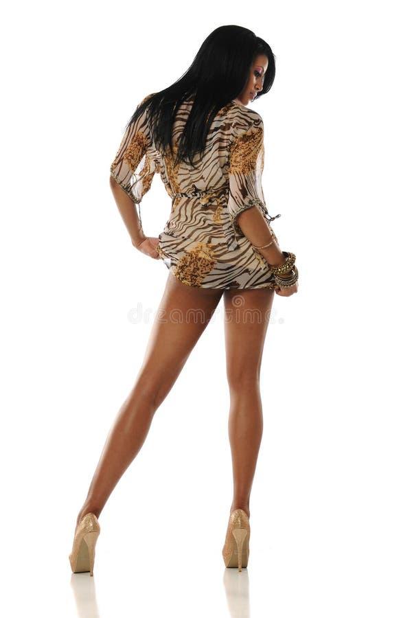 Молодой представлять женщины афроамериканца стоковая фотография rf
