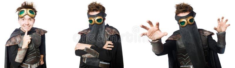 Молодой смешной человек в костюме панцыря стоковые фото