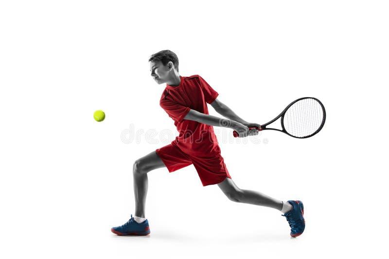 Молодой теннисист изолированный на белизне стоковые изображения