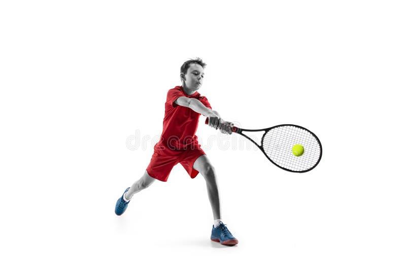 Молодой теннисист изолированный на белизне стоковое фото