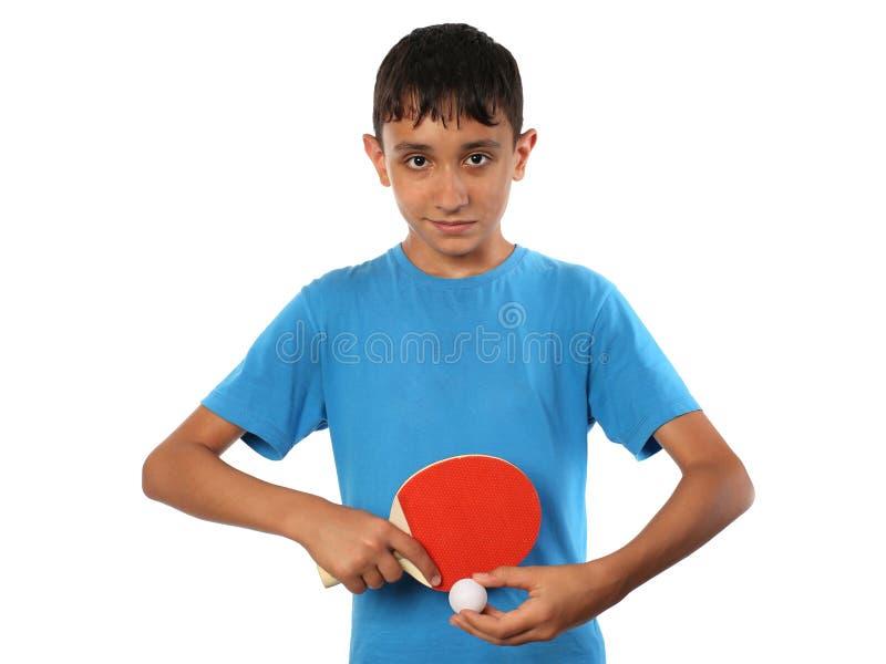 Молодой теннисист таблицы на белизне стоковое фото