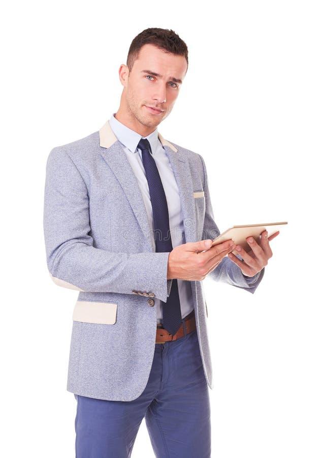 Молодой человек с планшетом стоковая фотография rf