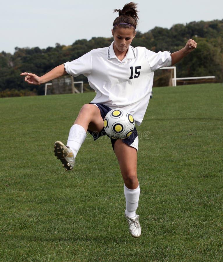 молодость футбола 20 действий предназначенная для подростков стоковые фотографии rf