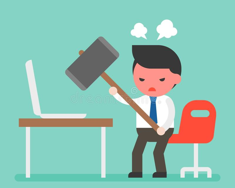 Молоток нося сердитого бизнесмена для того чтобы разрушить компьтер-книжку на столе, com иллюстрация штока