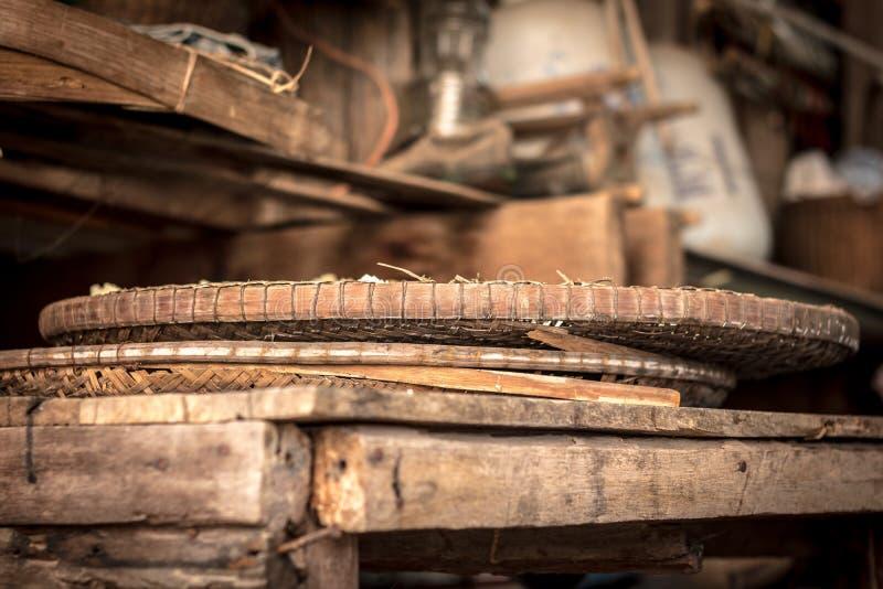 Молотя корзина сделанная от бамбука, АСЕАН Таиланда стоковая фотография rf