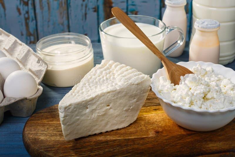 Молочные продучты фермы стоковые изображения