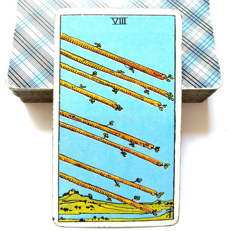 8 8 момента гонки спешкы спешности торопливости деятельности при движения действия скорости карточки Tarot палочек иллюстрация вектора
