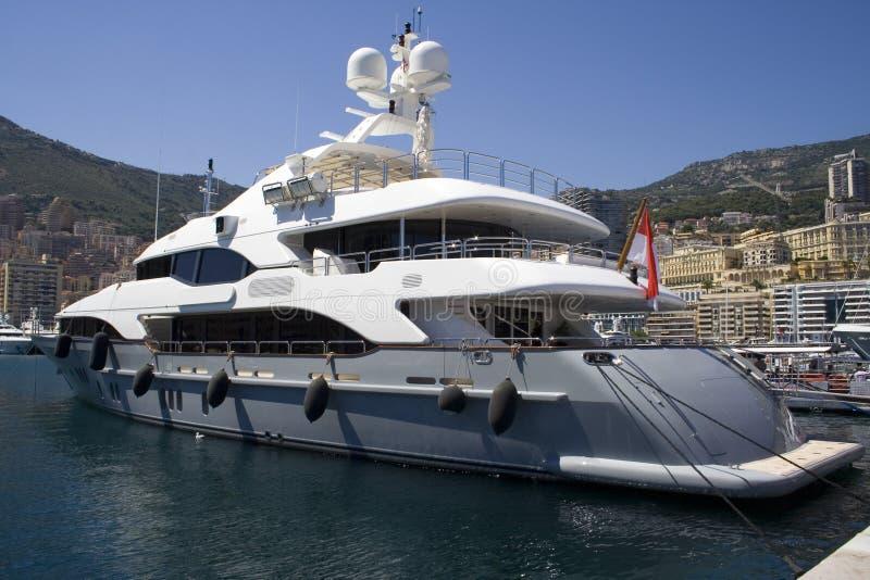 Монако причалило яхту стоковые изображения
