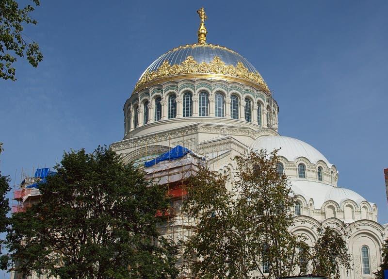Монастырь предположения Tikhvin, русское правоверное, Tihvin, область Санкт-Петербурга, Россия стоковые фото