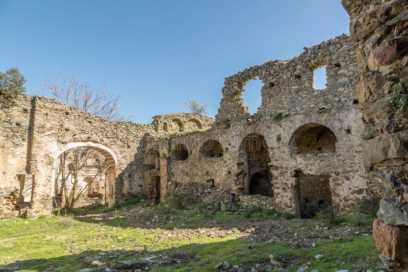 Монастырь Сан Francescu около Castifao в Корсике стоковое фото rf