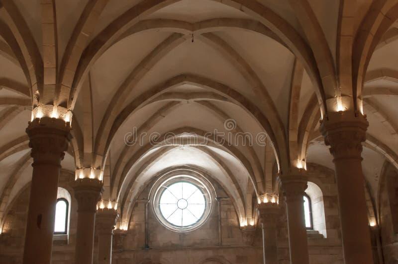 Монастырь Alcobaça, в Португалии, расклассифицированной как patrimony гуманности ЮНЕСКО стоковые фотографии rf
