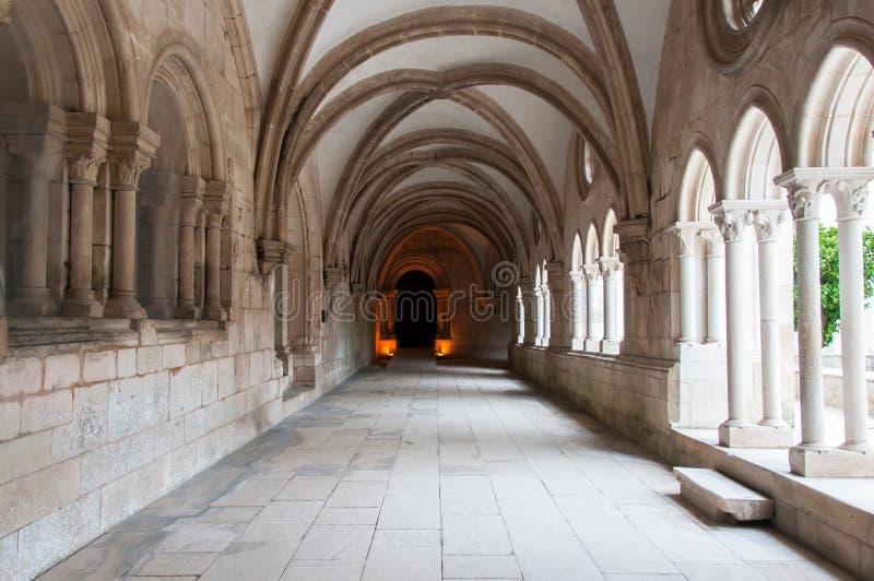 Монастырь Alcobaça, в Португалии, расклассифицированной как patrimony гуманности ЮНЕСКО стоковая фотография rf