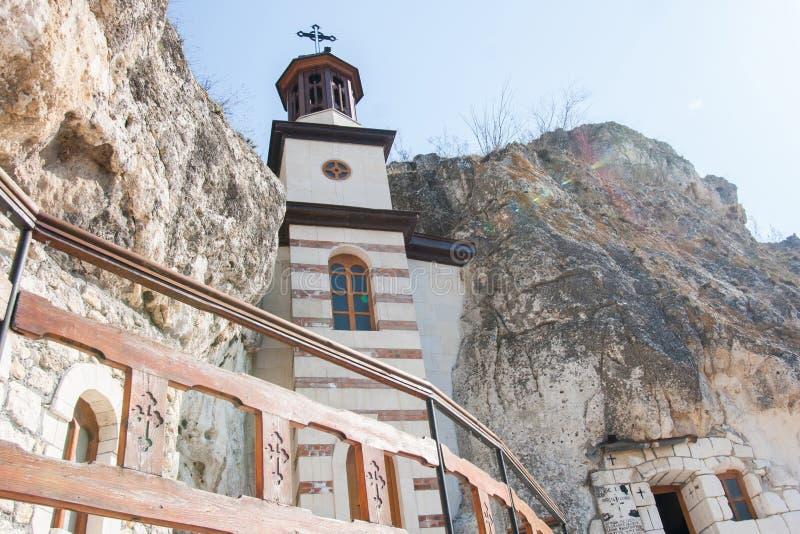 Монастырь Basarbovo с belltower, Болгарией стоковые фотографии rf