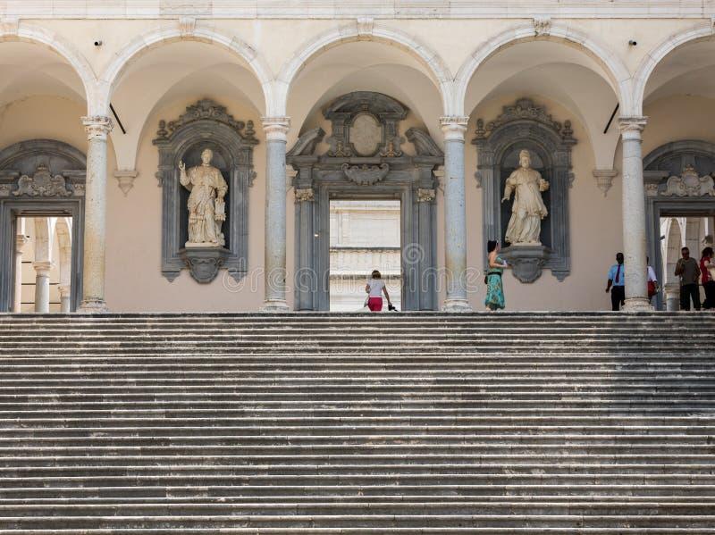 монастырь Bramante, бенедиктинское аббатство Montecassino Италия стоковые фотографии rf