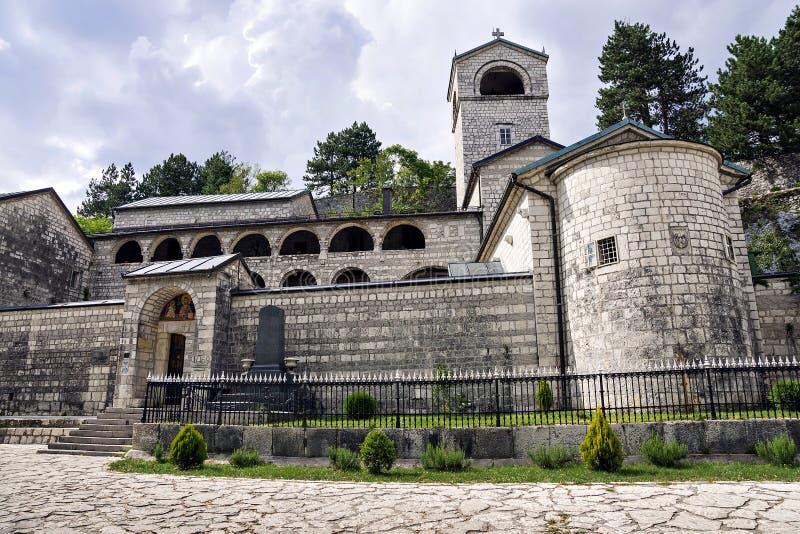 Монастырь Cetinje - правоверный монастырь рождества Bl стоковое фото