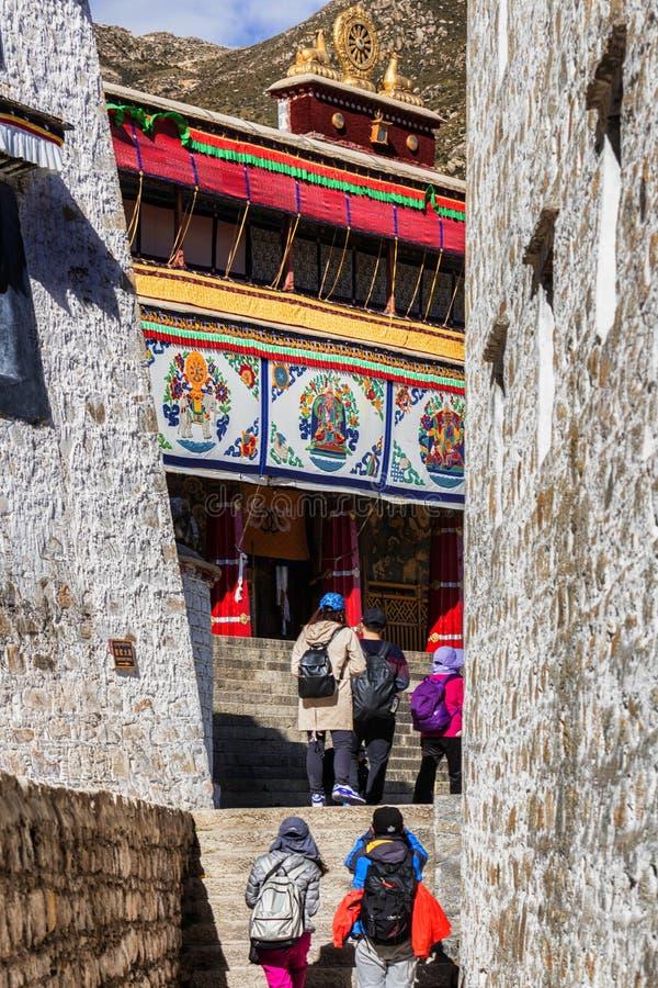 Монастырь Drepung в Тибете, Китае стоковое изображение rf