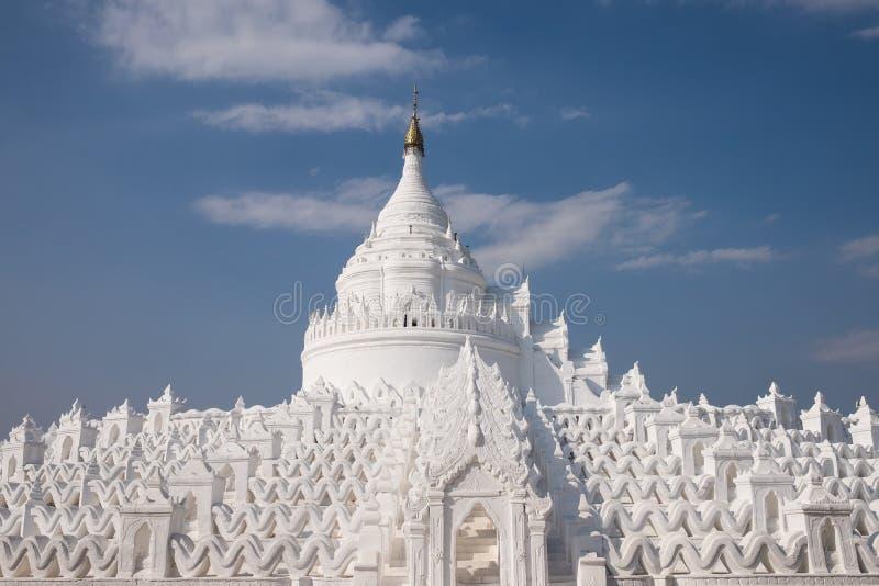 Монастырь Hsinbyume Paya красивый белый в городе Mingun, мандале стоковые изображения