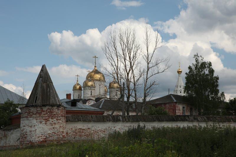 Монастырь Luzhetsky в Mozhaysk около Москвы, России стоковая фотография