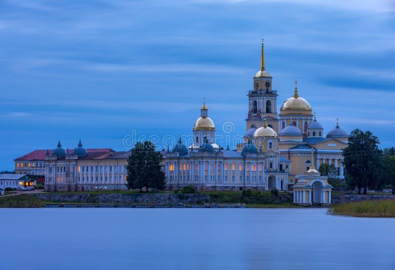 Монастырь Nilo-Stolobensky, зона Tver, Россия стоковые фотографии rf