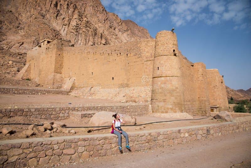 Монастырь ` s Катрина Святого лежит на Синайском полуострове стоковые фотографии rf