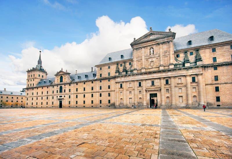 Монастырь San Lorenzo de El Escorial около Мадрида, Испании стоковые фотографии rf