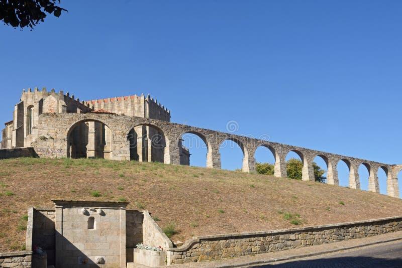 Монастырь Santa Clara и мост-водовода, Vila делает Conde стоковая фотография rf