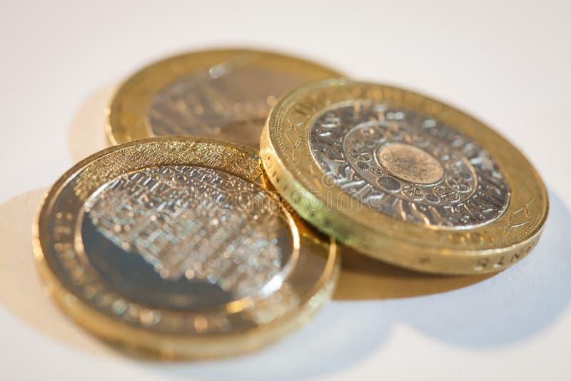 монетки колотят 2 стоковые изображения rf