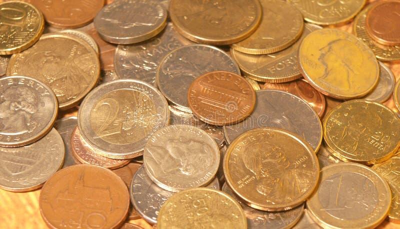 Download монетки стоковое фото. изображение насчитывающей финансы - 79924
