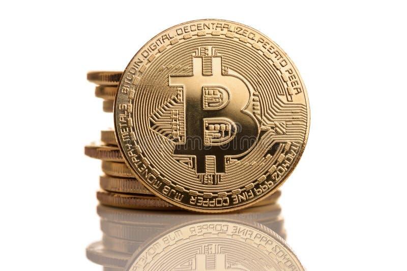 Монетки bitcoin золота стоковое фото rf