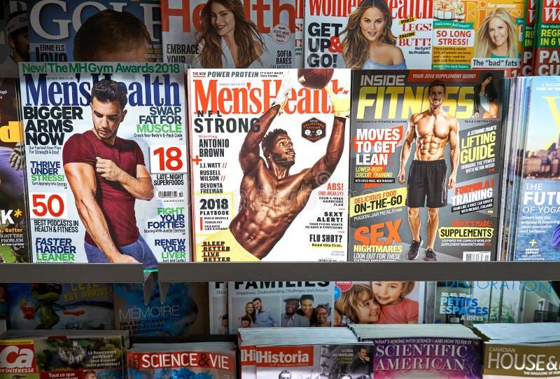 стог журналов стоковые изображения