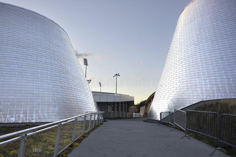 Монреаль, 27-ое июня: Парк олимпийский с планетарием Рио Tinto Alcan от Монреаля в провинции Квебека Канады стоковые изображения