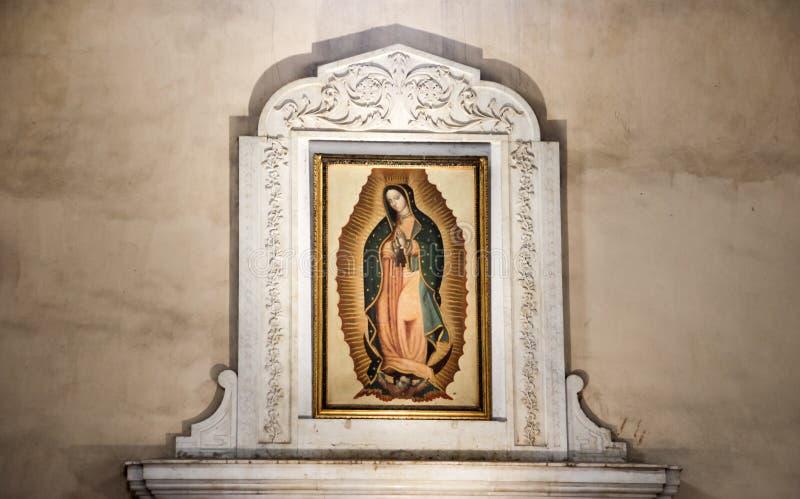 МОНТЕРРЕЙ, NUEVO ЛЕОН/MEICO - 01 02 2017: Базилика de Guadalupe стоковое фото rf