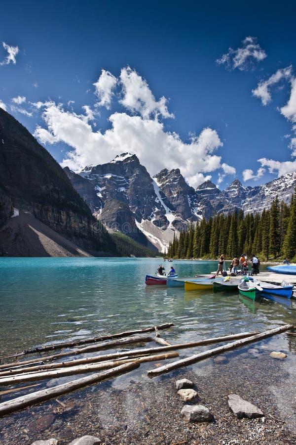 морена озера сценарная стоковые изображения
