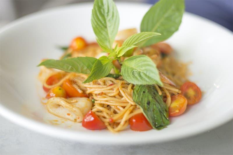 Морепродукты спагетти пряные стоковая фотография