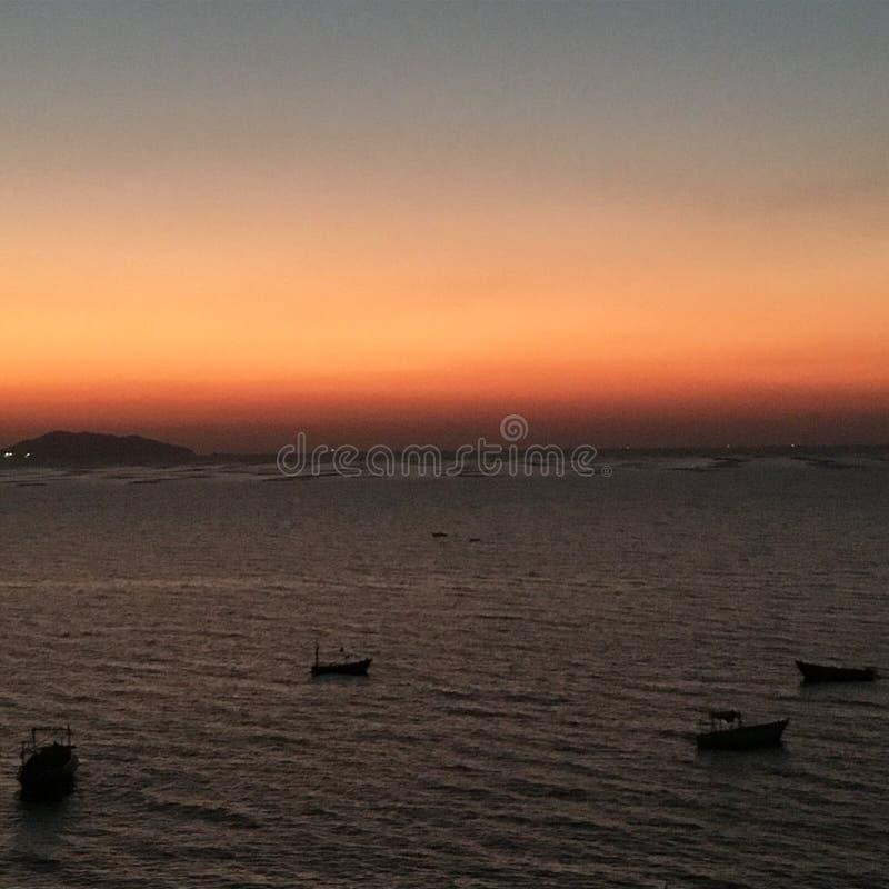 Море захода солнца стоковые фотографии rf
