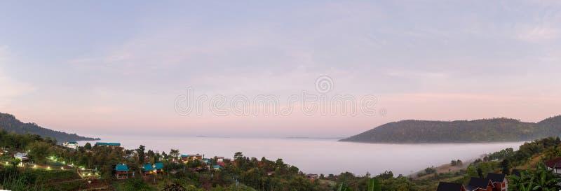 Море тумана Это место в Khao-Kho Phetchabun, Thail стоковое изображение rf
