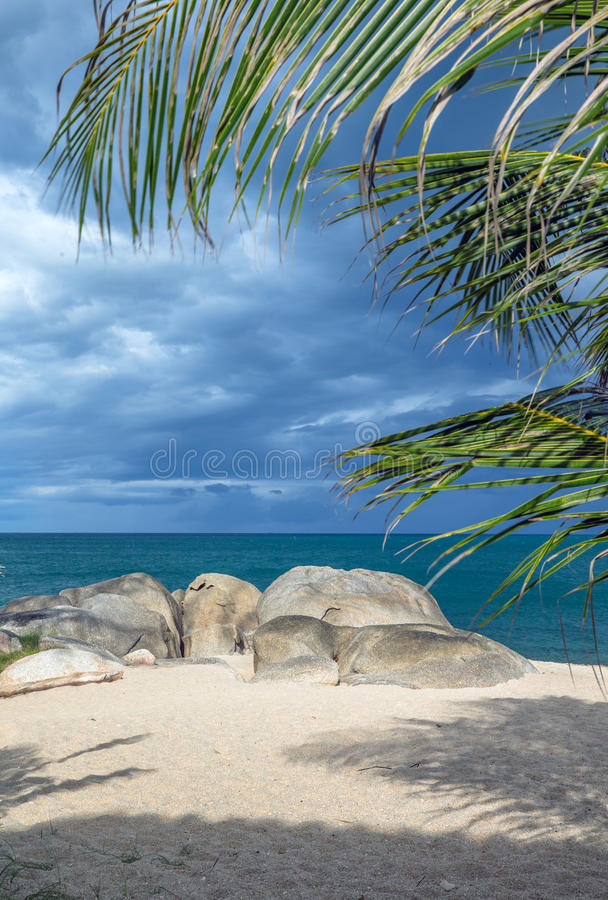 Download Море стоковое изображение. изображение насчитывающей солнце - 33729873