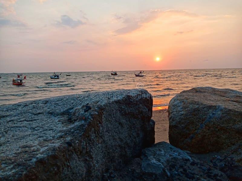 Море Bangsaen стоковая фотография rf