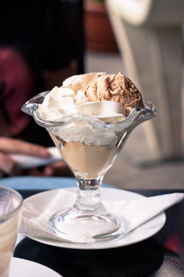 Мороженое какао Sundae стоковые изображения