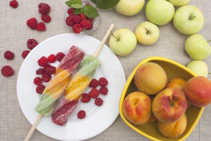 Мороженое плодоовощ стоковые изображения rf