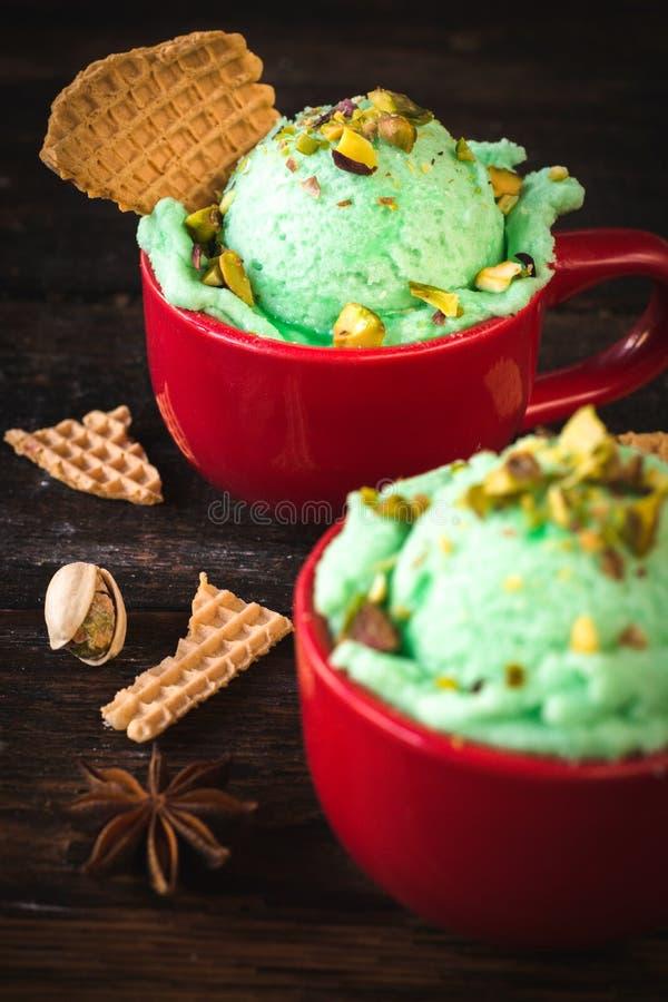 Мороженое фисташек стоковое изображение