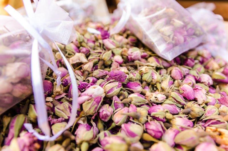 Морокканские розы в сувенирном магазине в славном, Франции стоковое изображение